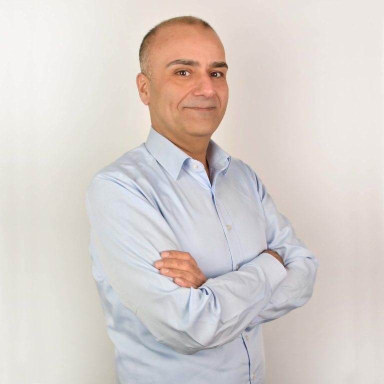 Kayhan Yasar
